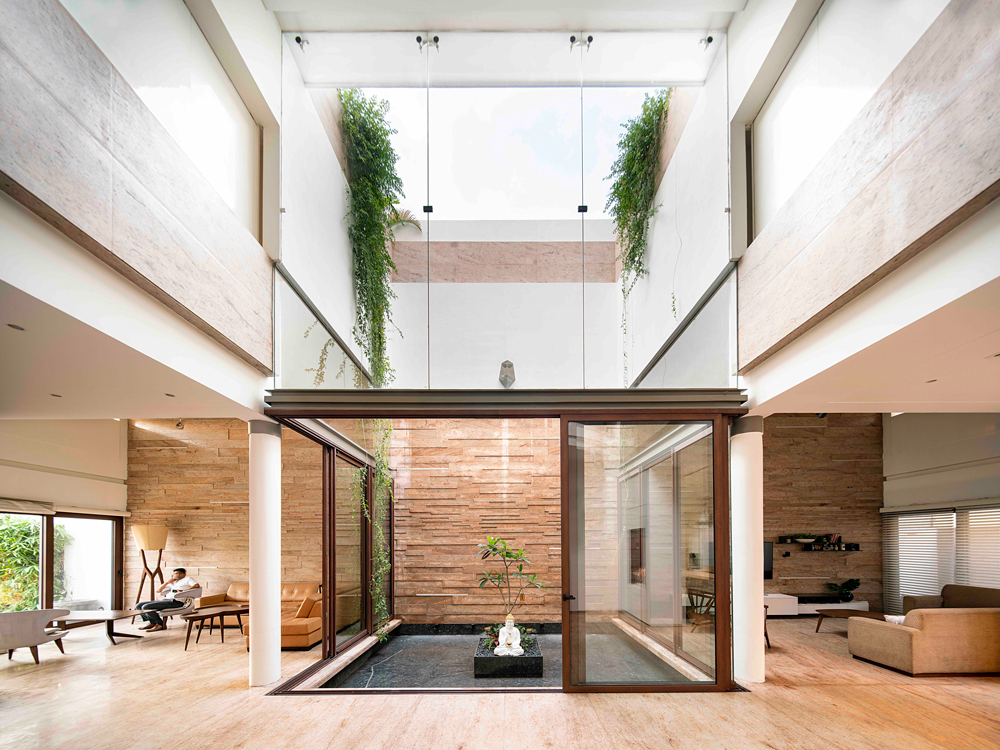 Residence 568 by Charged Voids