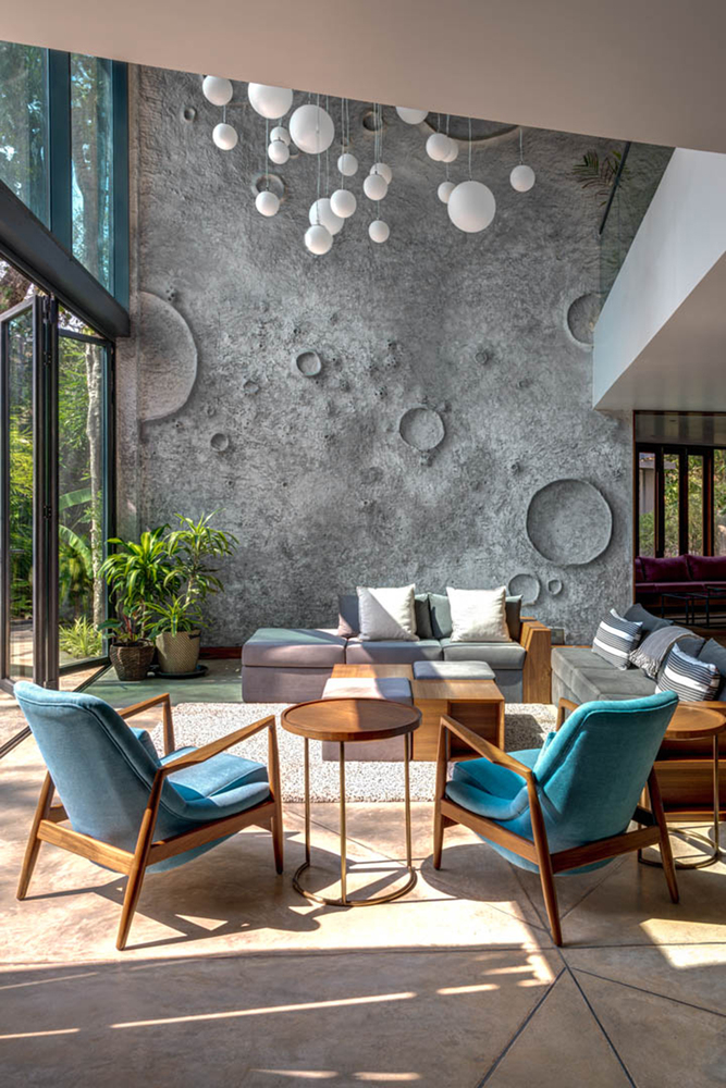 Moon House by SAV Architecture + Design