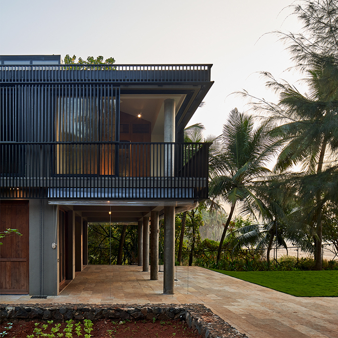 House in a Beach Garden byArchitecture BRIO