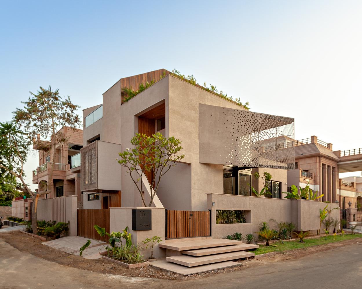 Chhavi House by Abraham John Architects