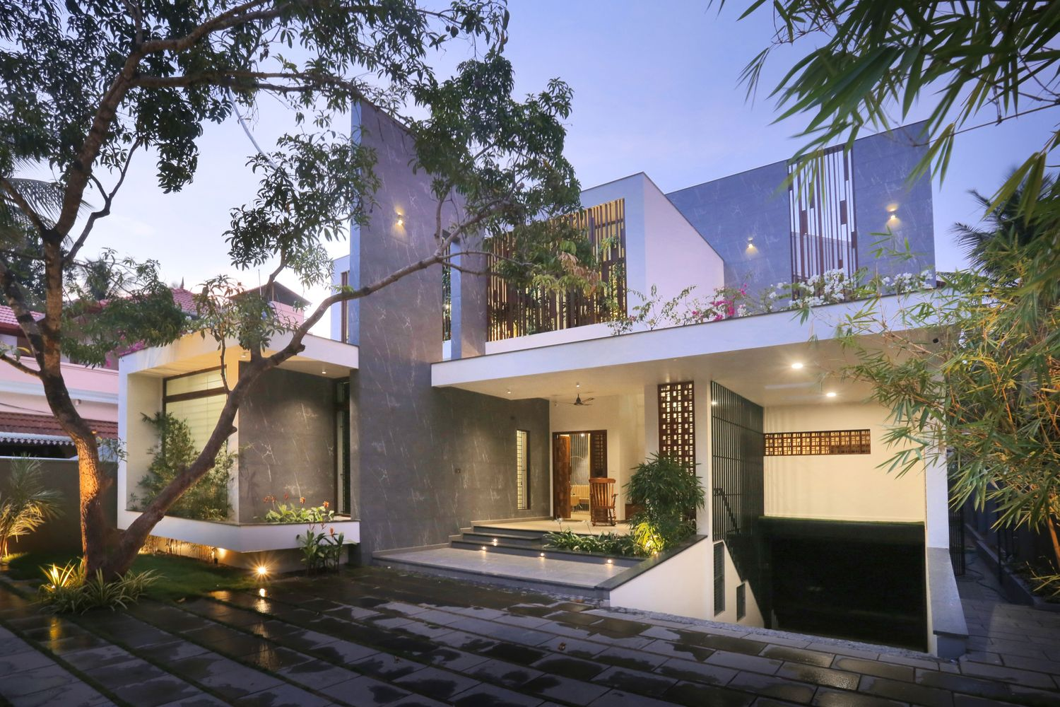 The Axial House by VM Architects
